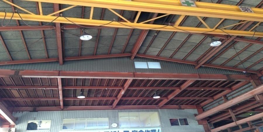 五泉市:鉄工業 水銀灯からLED照明に交換工事前の様子