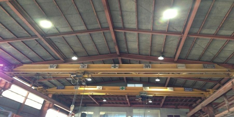 五泉市:鉄工業 水銀灯からLED照明に交換工事後の様子