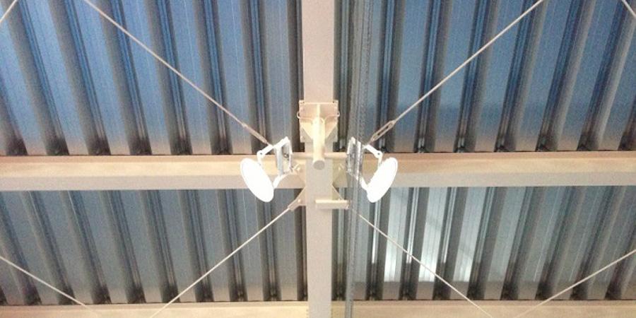 長岡市:テニス場 水銀灯からLED照明に交換工事後の様子