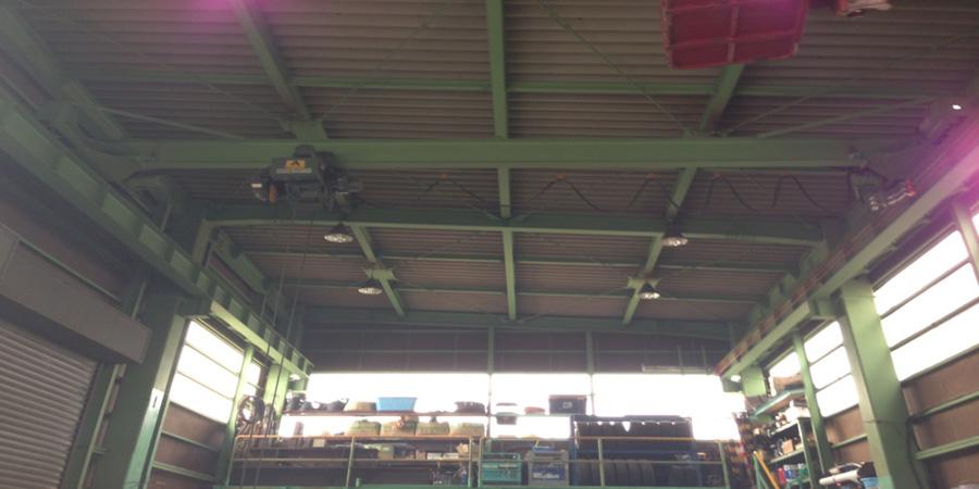 新潟市:ポンプ設備業 水銀灯からLED照明に交換工事前の様子