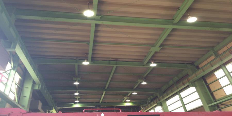 新潟市:ポンプ設備業 水銀灯からLED照明に交換工事後の様子